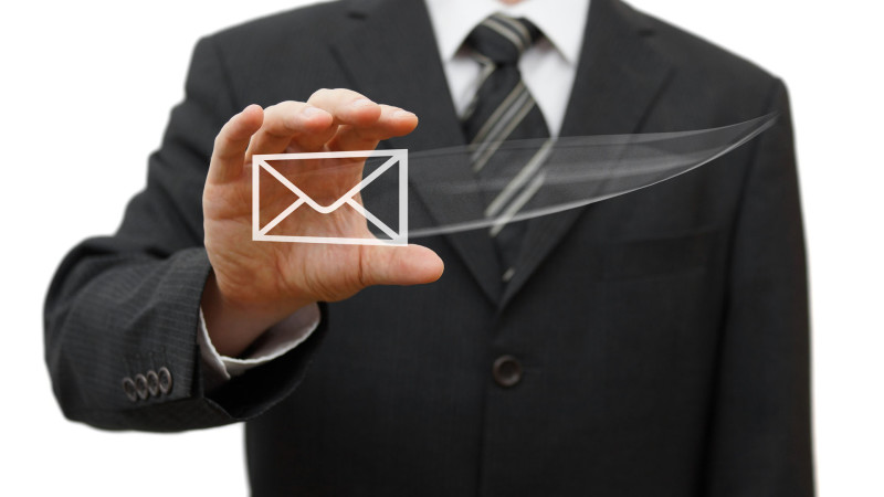 10 advantages of Emails